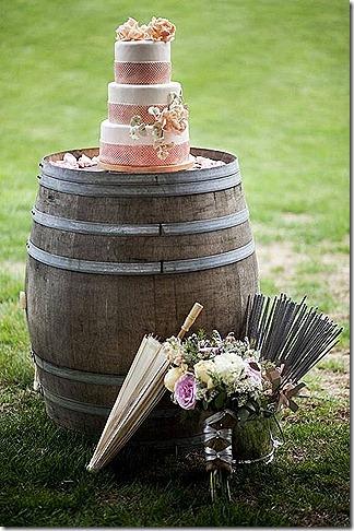 wine barrel wedding cake