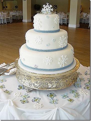 snowflak-wedding-cakes-blue-ribbon