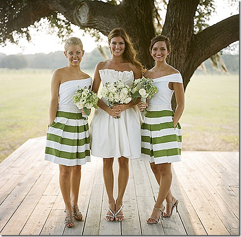 bridesmaids-in-skirts-tops-wedding-trends-pattern-stripes-15